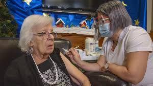 La première vaccinée (mi-décembre) du Canada a contracté la COVID-19