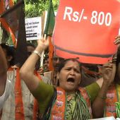 India strike over retail reforms