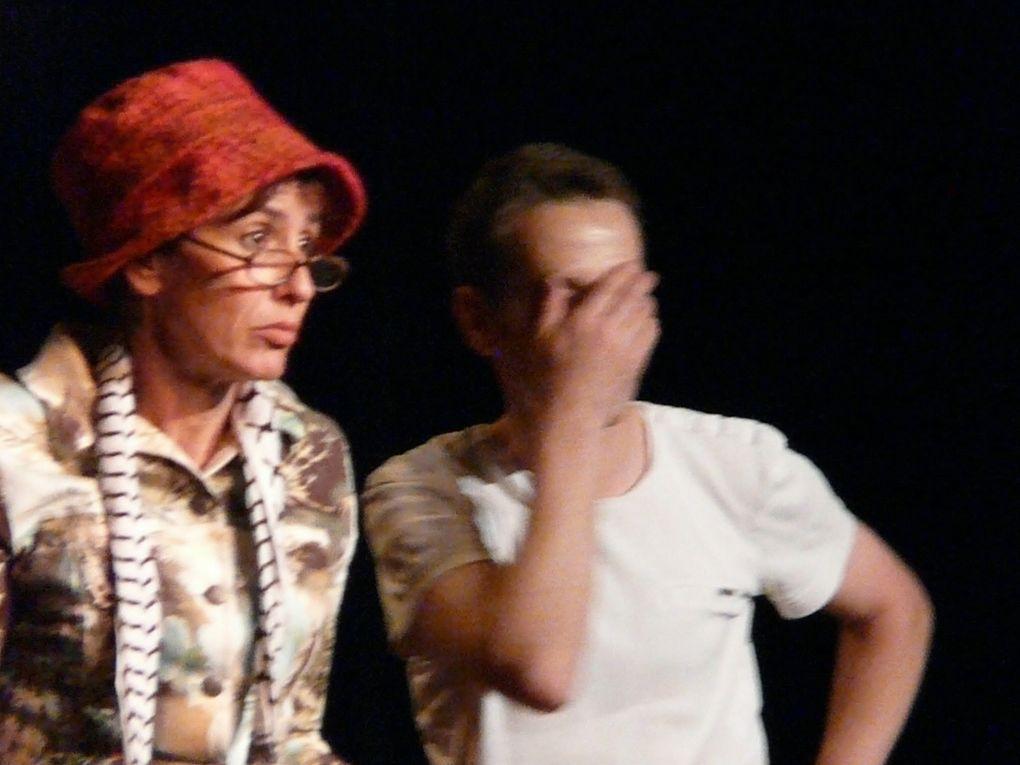 Chorale théâtralisée. Cie Si par hasard. Voiron. Sélection Festival 2012