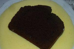 cake au chocolat et sa crème anglaise à l'orange