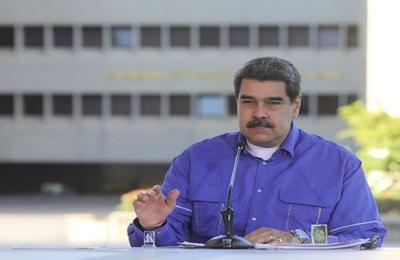 Maduro communique sur l'opération militaire contre les gangs de Caracas et les paramilitaires colombiens