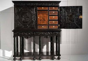 Le 18ème aux sources du design : l'ébénisterie en majesté au Château de Versailles