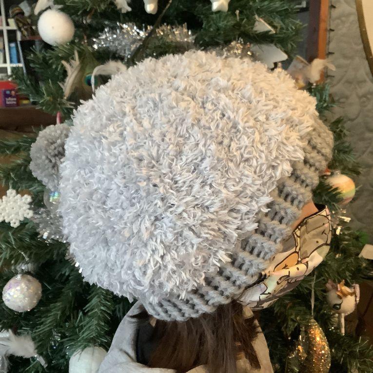 Tricotin : un joli bonnet gris pour ma maman