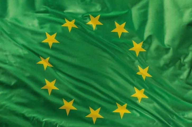 drapeau-europpéen-vert