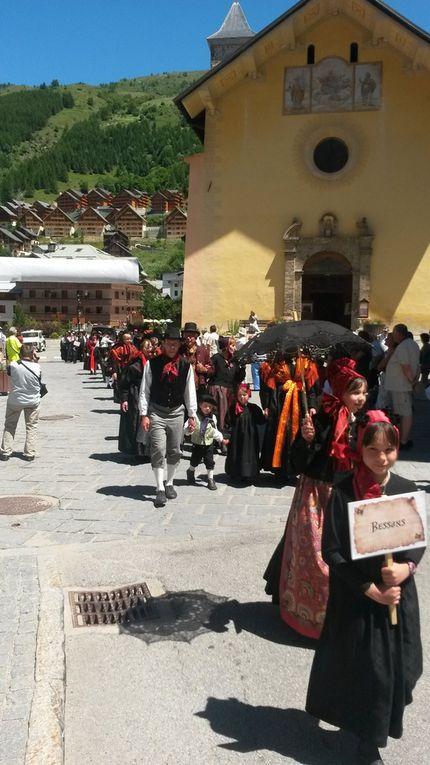 Bessans bien représenté au Rassemblement des Costumes de Maurienne