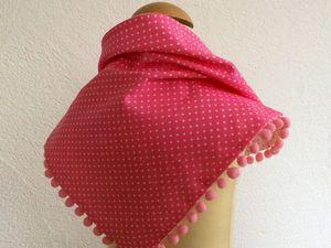 Tuto foulard pompons