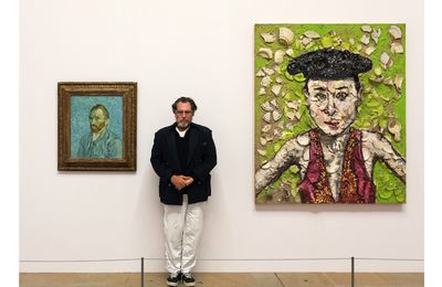 An artist bigger than life : Julian Schnabel , a Private Portrait