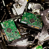 La foudre frappe un datacenter de Google, qui perd des données utilisateurs - OOKAWA Corp.