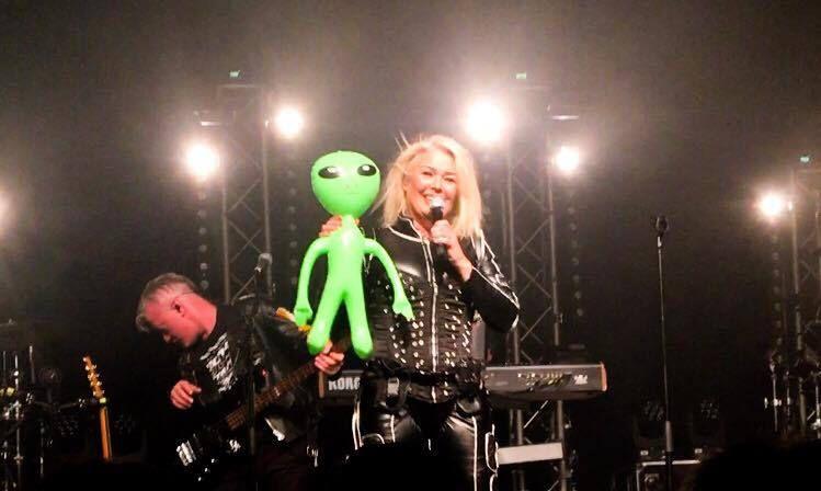 Kim  Wilde  Here Come The Aliens Tour - Munich