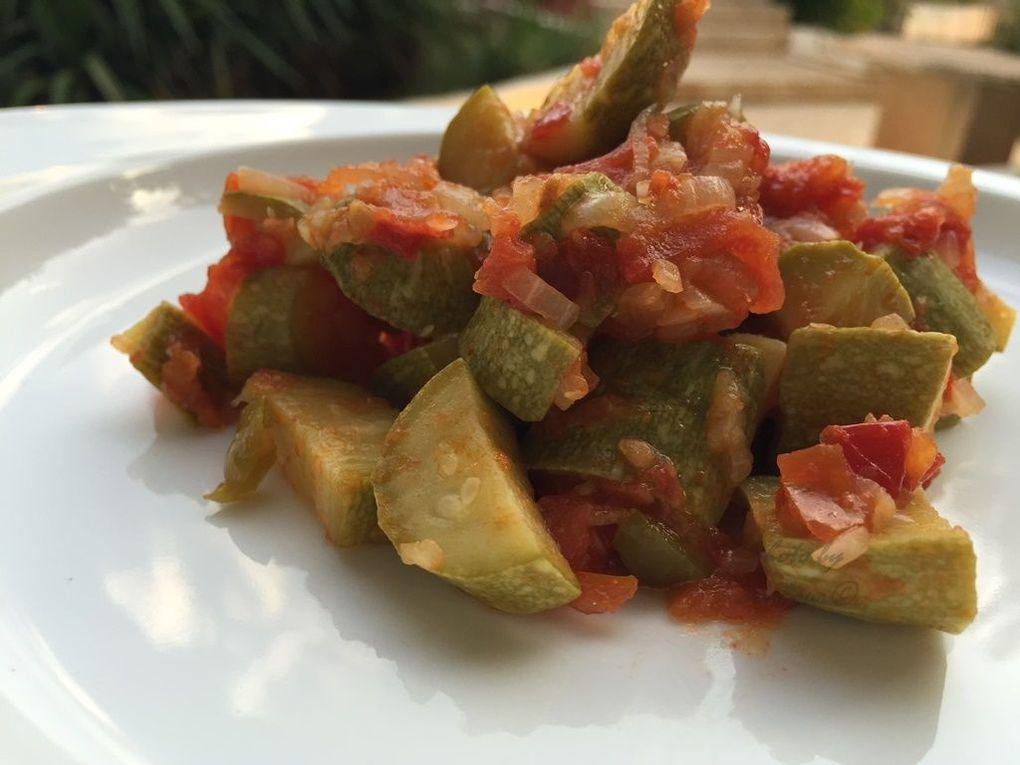 Courgettes aux tomates (Coussa makloubeh ma3 banadoura)