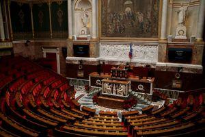 Réforme des retraites: premier round à l'Assemblée, bataille d'amendements en vue