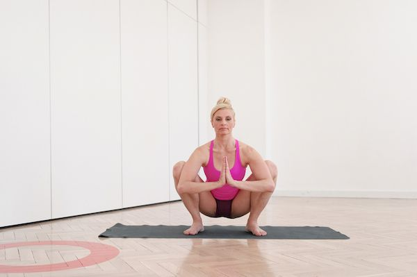 At what age to practice yoga course in Rishikesh? Is yoga over 50 a too big challenge?
