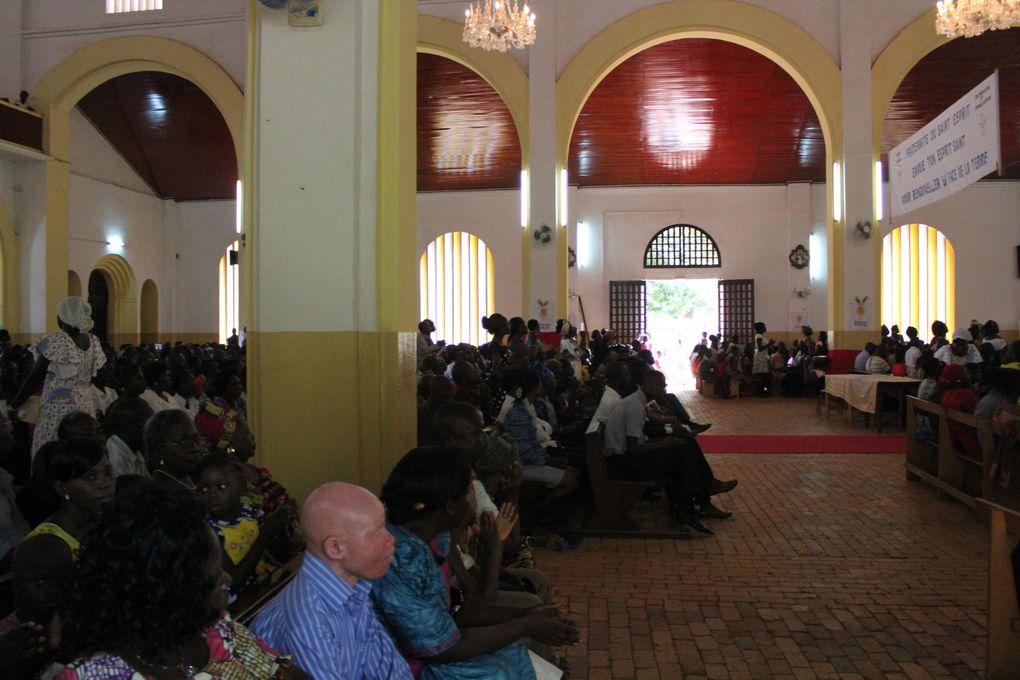 Les centrafricains sont très fervents... Ils prient BEAUCOUP...