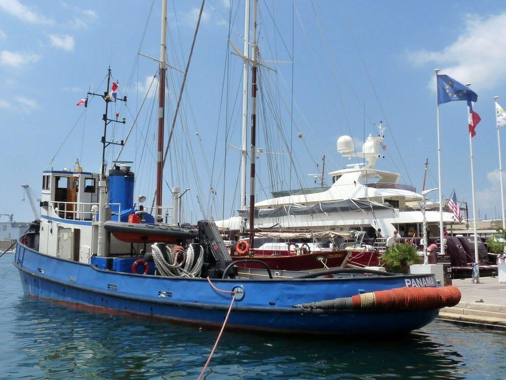 BERKEL  , remorqueur panaméen à Toulon