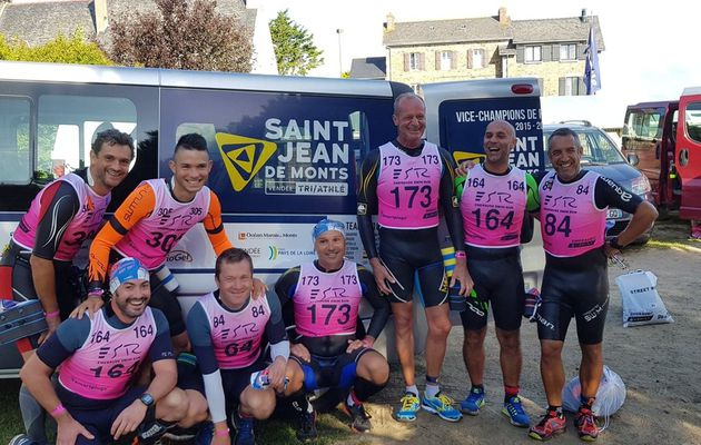 DEPLACEMENT CLUB A SAINT LUNAIRE : SWIM AND RUN ET HALF TRIATHLON