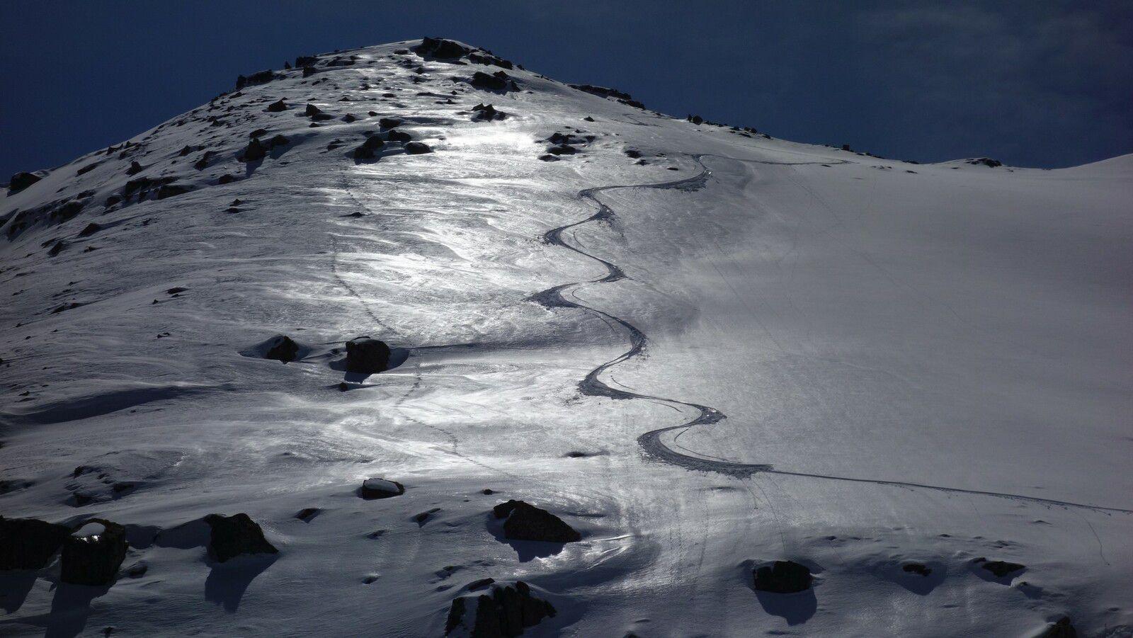 On skie à toute heure fin avril avec les longues journées et la face nord ouest du Bollofré décaille à 19h!!!!