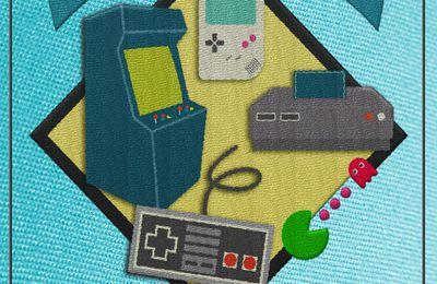 REVUE LIVRE GAMING: Manettes & Pixels - Histoire du jeu vidéo & Retrogaming de René SPERANZA (éditions La Vallée Heureuse)