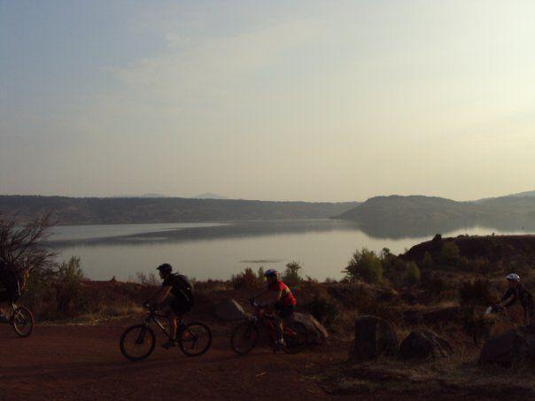 Classique et Lac du Salagou