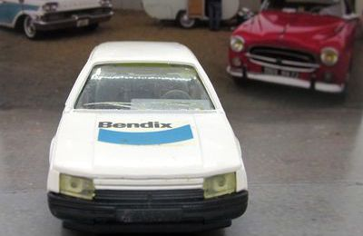 RENAULT 25 BENDIX ALLIED SOLIDO 1/43.