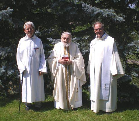 Le Père LUTZ (à gauche) lors de son 60e jubilé