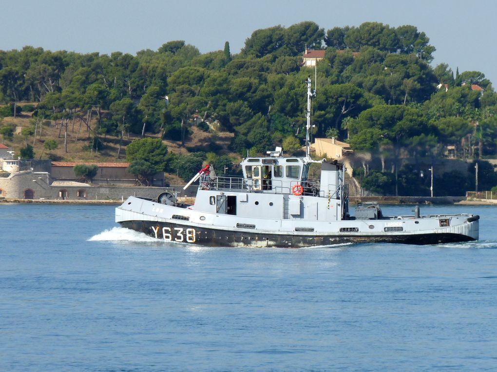 LARDIER  , Y638 , en mouvements en petite rade  de Toulon le 15 septembre 2018