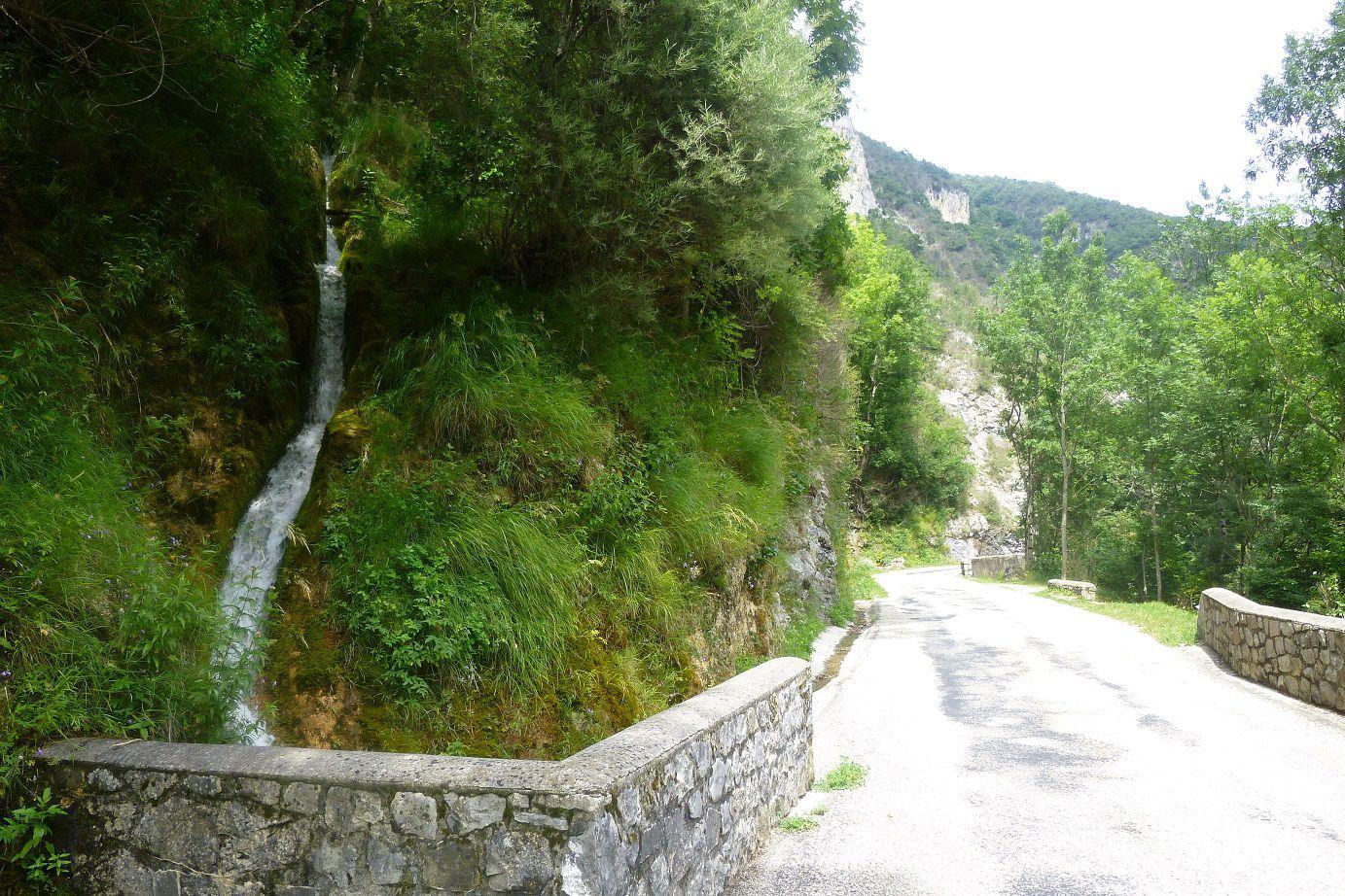 Randonnée dans les Gorges d'Omblèze (26).