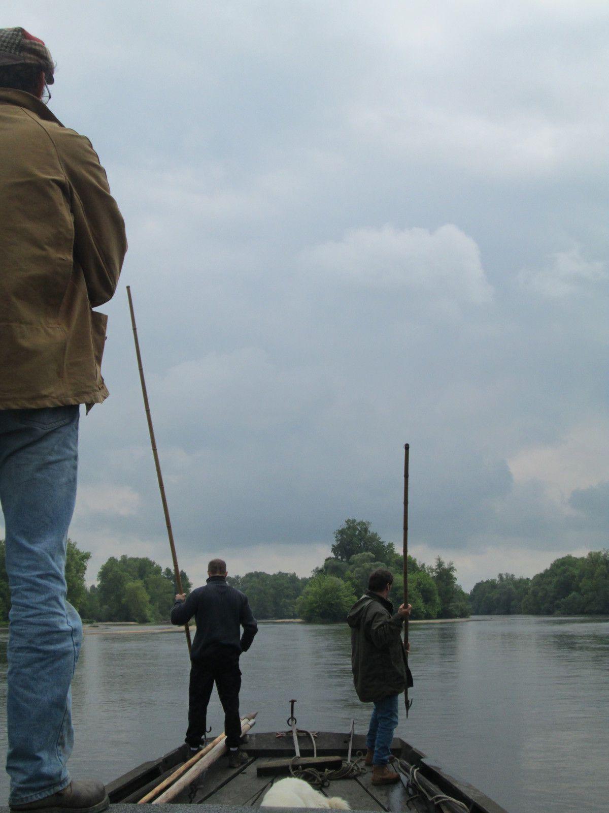 En vigie des écueils en rivière sur une remonte depuis le château de Meauce