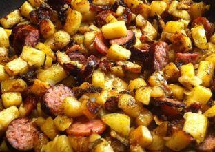Pommes de terre aux saucisses fumée