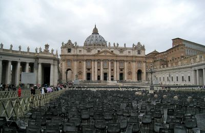 Place Saint-Pierre (2/2), Vatican