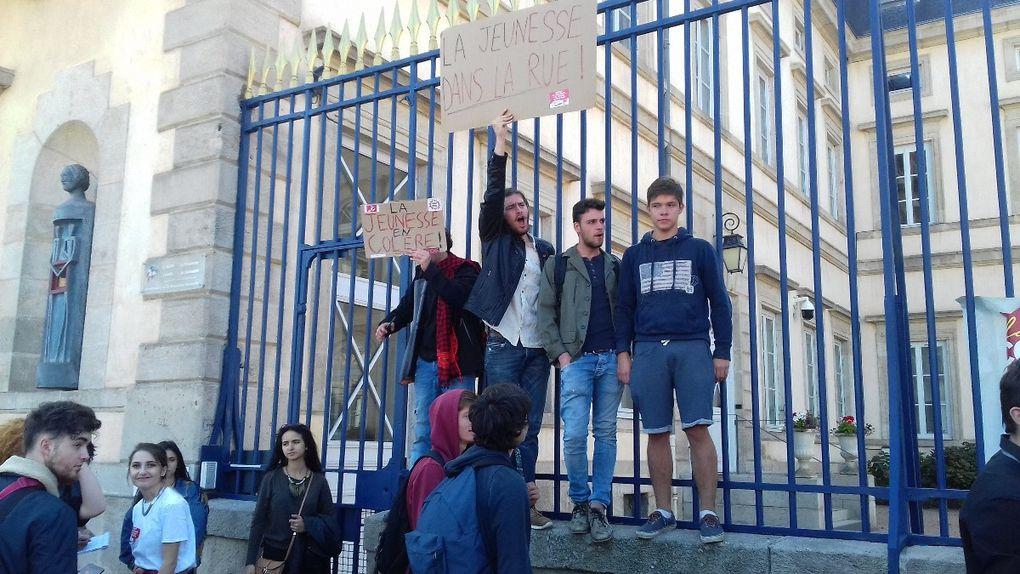 A nouveau 2000 manifestants au Puy le 21 septembre pour le retrait des ordonnances Macron
