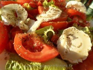 SALADE COLOREE AU CHEVRE