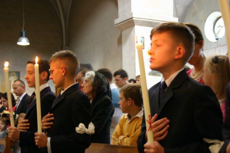 Photos des communions solennelles à la chapelle Saint François le dimanche 13 juin 2010.