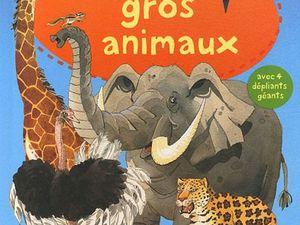 Mon gros livre des gros monstres et d'autres plus petits ...