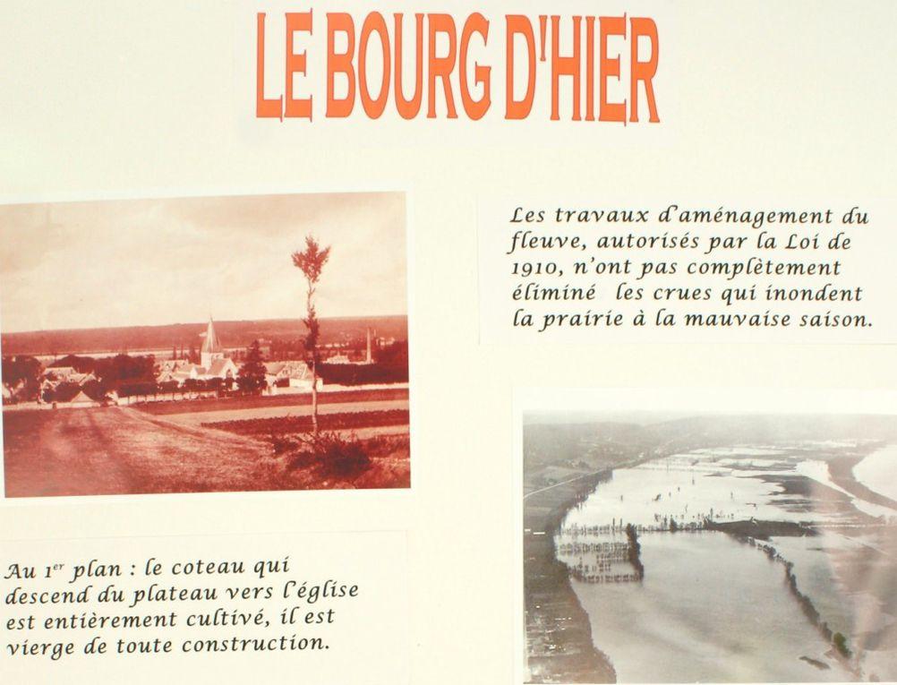 Le 24 septembre 2011, dans le cadre de la fête couronnaise des associations, la société d'histoire couronnaise exposait une étude sur différents quartiers de sa commune. En voici les photos de certains  des panneaux exposés.