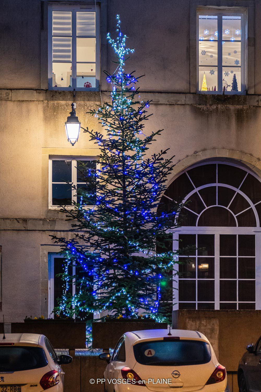 Quelques photographies des illuminations de Noël à DOMPAIRE