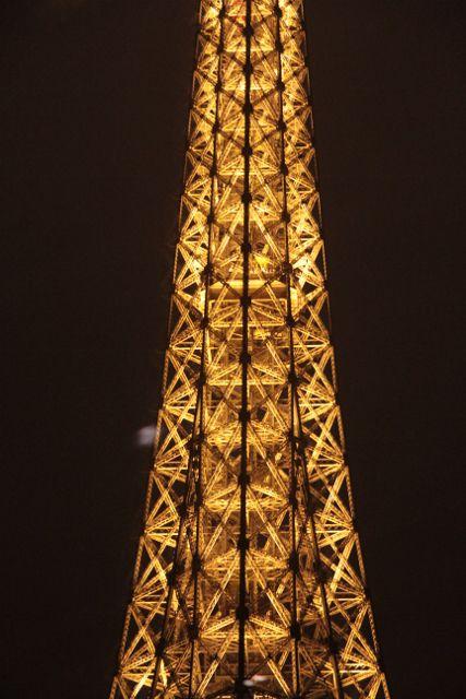 Bateaux parisiens by night