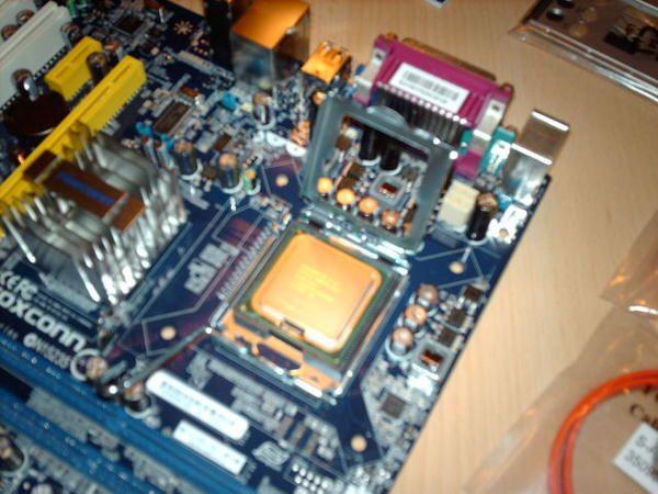 Neue Hardware, Foxconn G31MX-K, Kingston 4GB CL5, Intel Q6700, Transcend 2GB Flash