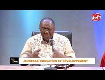Nzwamba - Pierre Damiba : Existe-t-il un pays qui ait commencé son développement grâce à la démocratie ?