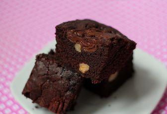 Mortel brownie aux noisettes & à la pâte à tartiner