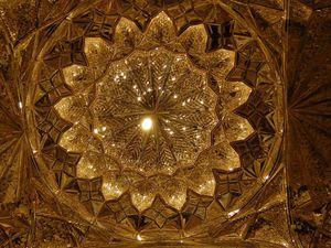 Iran - Shiraz - Shah Cheragh - Photos: Lankaart (c)