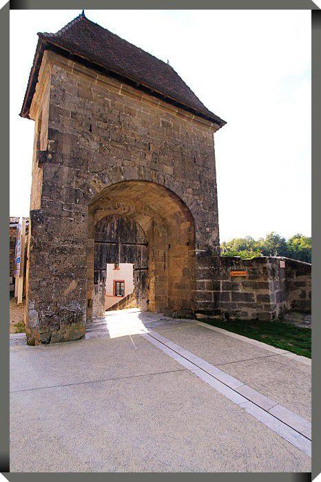 Diaporama cité médiévale Saint Antoine l'Abbaye