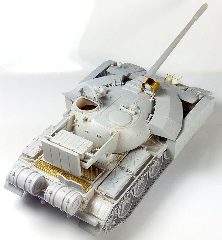 Char T55 Enigma  (Tank-mania - 1/48 - kit résine et photodécoupe)