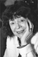 Le théâtre, le cinéma et la littérature racontent des histoires faussement imaginaires dont nous sommes les héros sans le vouloir.  Albert Camus  «Je donne au théâtre un temps que je refuse avec obstination aux dîners en ville car c'est le lieu de la vérité. Pour vivre dans la vérité , jouez la comédie.»  Jean-Luc Godard : « Il y a le visible et l'invisible. Si vous ne filmez que le visible, vous faites un téléfilm. »  Marguerite Duras : « Ecrire, c'est ne pas parler, c'est se taire, c'est hurler en silence. »