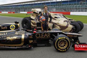 Lotus accueille Batman à Silverstone