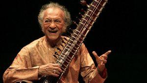 95 años del natalicio del músico indio, Ravi Shankar