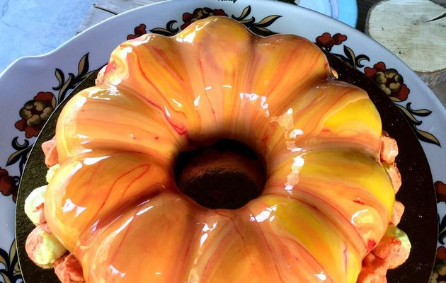 Entremets fruits de la passion et chocolat