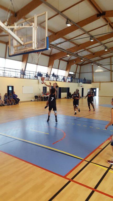 Victoire des Séniors filles contre le Plessis Savigny
