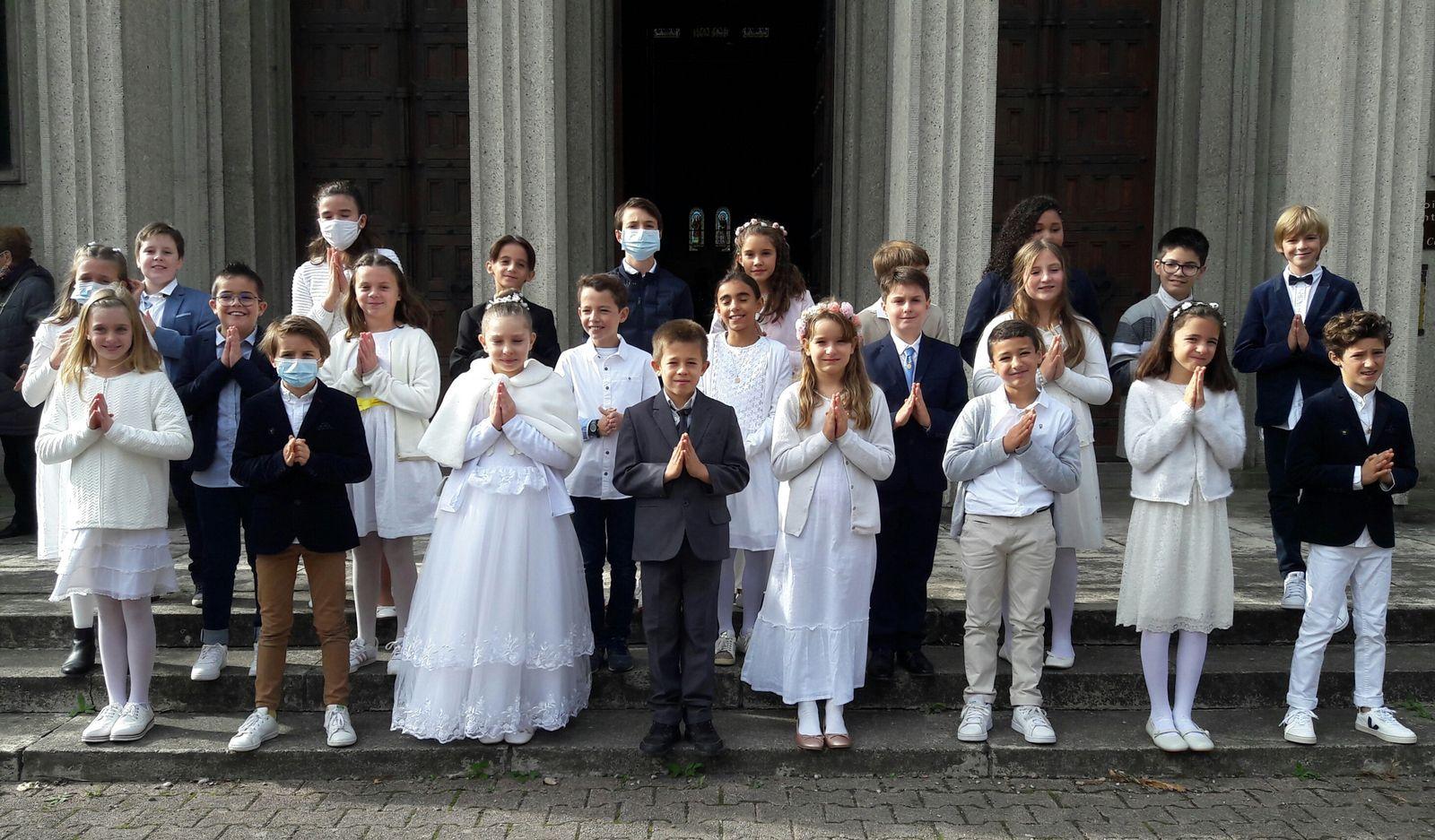 Nous célébrons enfin notre première communion !