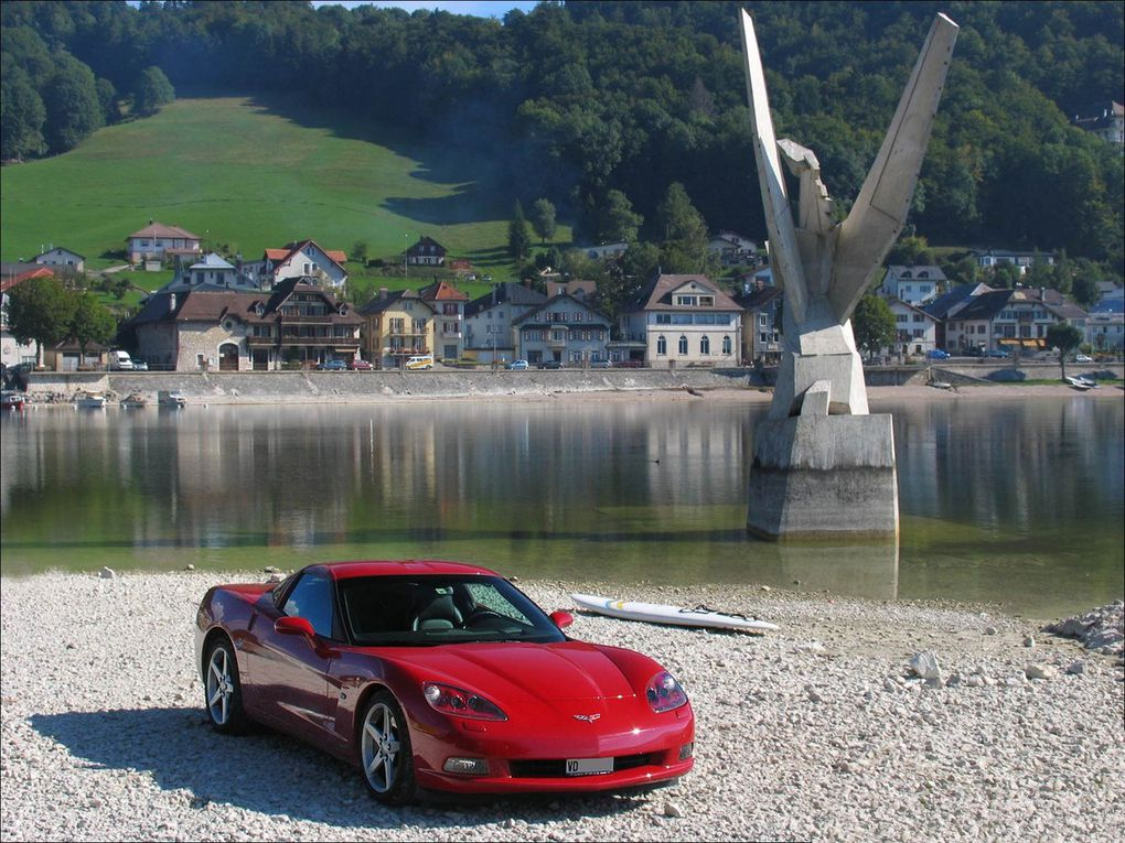 VOITURES DE LEGENDE (1127) : CHEVROLET  CORVETTE  C6 - 2005