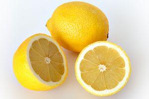 La phytothérapie, une médecine au naturel (suite)/  Citron
